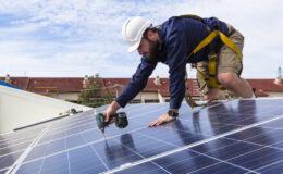 Installer des panneaux photovoltaïques